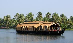 Lakes and lagoons houseboat